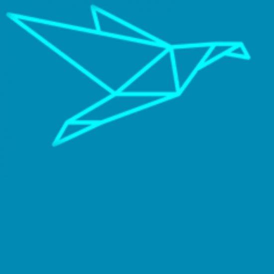 niebieskie tło, logo szkoły